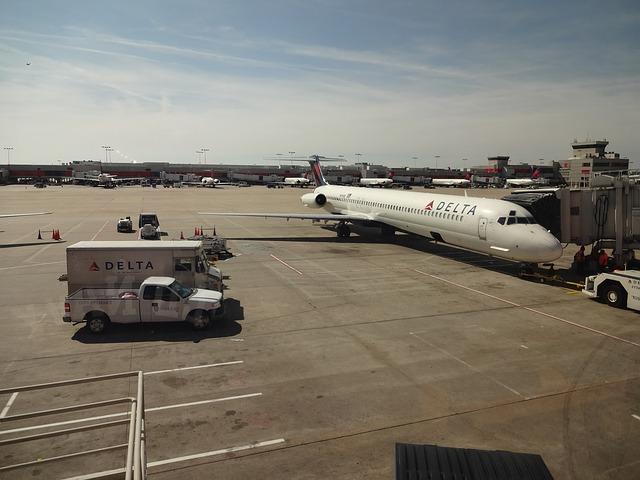 דלתא איירליינס (Delta Airlines) - פיצוי כספי חוק שירותי תעופה
