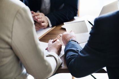 איך לבחור עורך דין לנזקי גוף?